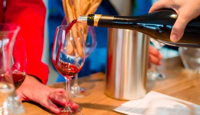 Jak degustować wino? Krótki poradnik