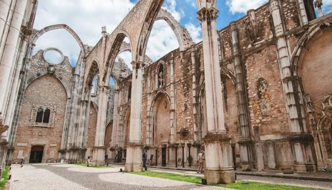 Cichy świadek katastrofy – Convento do Carmo w Lizbonie