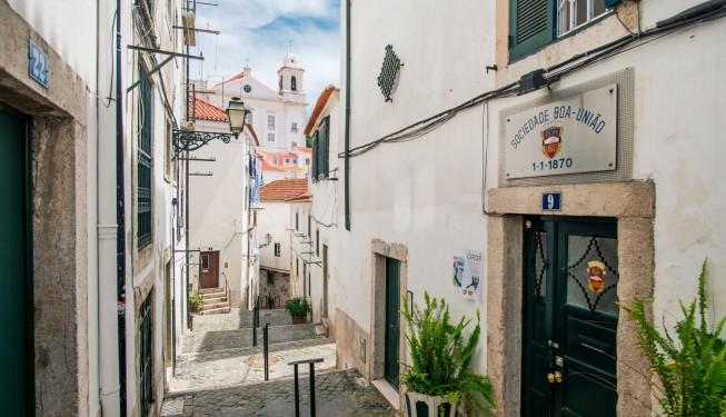 Alfama – fascynująca dzielnica Lizbony