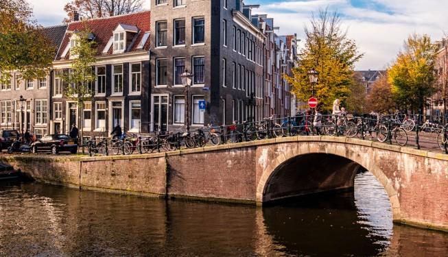 10 rzeczy które musisz wiedzieć o Amsterdamie