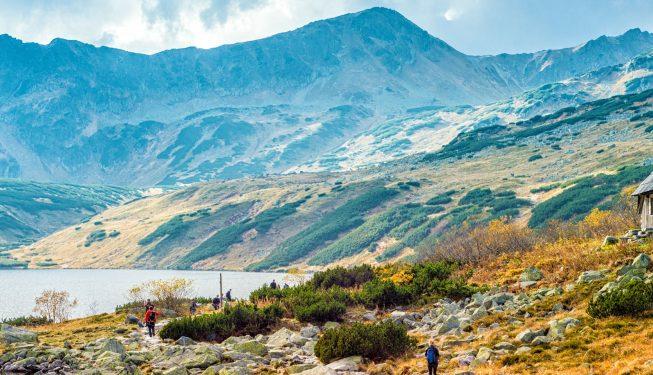Dolina Pięciu Stawów – zakochaj się w naturze