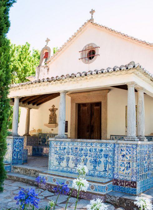 dom ozdobiony azulejos