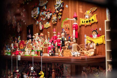 drewniane figurki wloskie