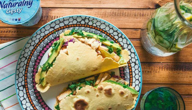 tacos-z-wedzonym-kurczakiem