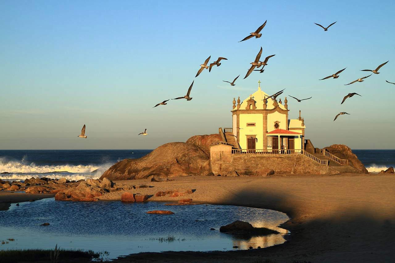 Capela de Senhor da Pedra Portugalia