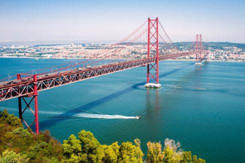 Czerwony most Lizbona