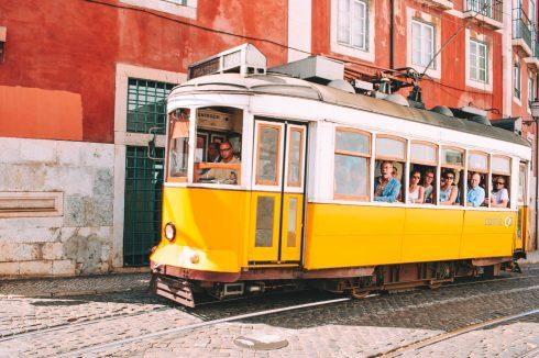 przejażdżka żółtym tramwajem